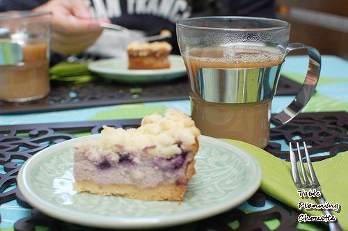 手作りのチーズケーキと珈琲
