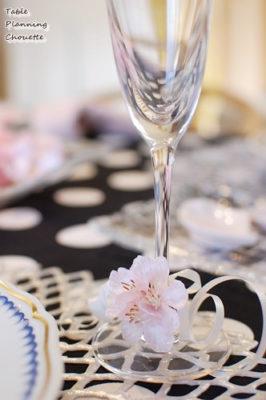 お花見を楽しむ春のお祝いテーブル