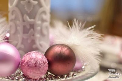 ピンクのクリスマスオーナメント