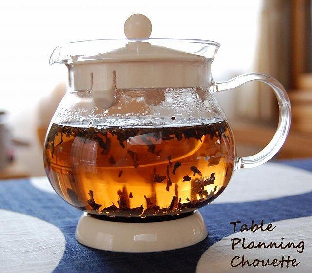 茶葉がジャンピング