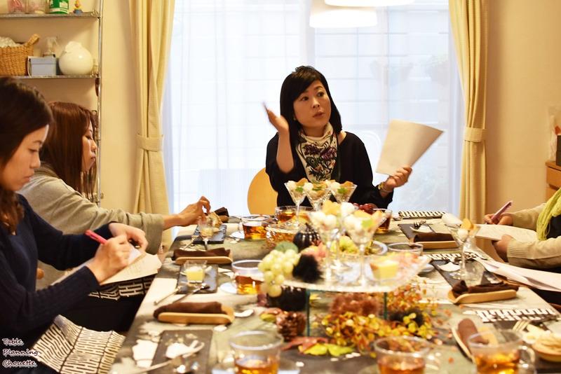 お菓子をモリモリ食べちゃった後の太らない為の食事方法を教えるお茶会