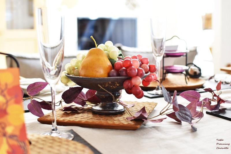 秋の訪れのテーブル