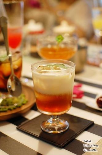 紅茶のゼリー アイスミルクティー