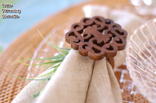 木彫りのナプキンリング
