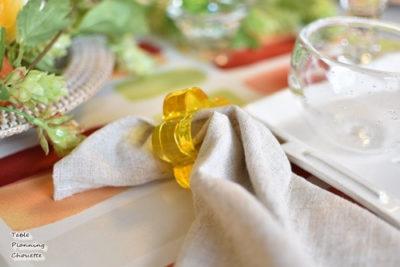 黄色でお花の形ナプキンリング
