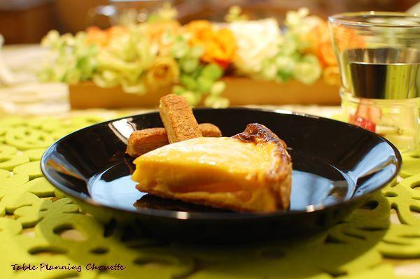 アルカイク 洋ナシのタルトと、チーズクッキー