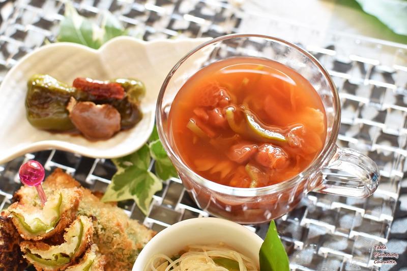 ピーマンとトマトのスープ